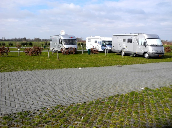 Camperplaats De Zwaan